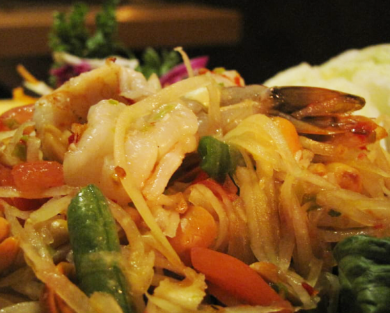 Som Tum with Shrimp